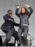 Alicia Keys ( Алисия Кис ) - Страница 2 Th_46848_celebrity_paradise.com_Alicia_Keys_Ischgl_001_122_129lo