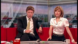 Sian Williams | Breakfast News 12-7-10 | 6 Leg Crosses