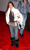 Rhona Mitra See-Thru with her dog Foto 183 (Рона Митра See-Thru со своей собакой Фото 183)