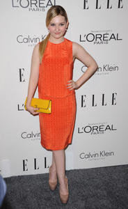 http://img159.imagevenue.com/loc49/th_386496794_Abigail_Breslin_elles_annual_women_in_hollywood_122_49lo.jpg