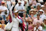 Maria Sharapova - Page 3 Th_38429_Maria_Sharapova_Wimbledon_070406_15_54lo